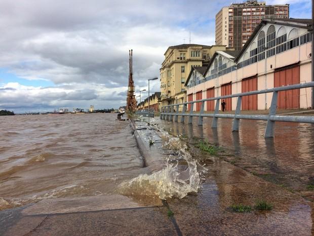 cais mauá, porto alegre, rs, chuva (Foto: Bernardo Bortolotto/RBS TV)