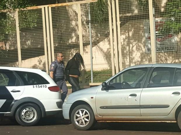 Grávida de seis meses é presa por assalto a banco em Morro Agudo (Foto: Site EA1.com.br/Divulgação)