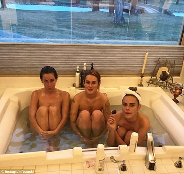 Rumer, Scout e Tallulah Willis  (Foto: Instagram)