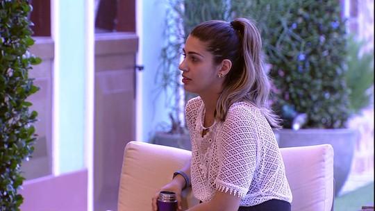 'Vai chegar um momento que eu não vou segurar', avisa Vivian sobre Emilly