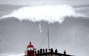 Surfistas de ondas gigantes desafiam e descobrem as praias portuguesas