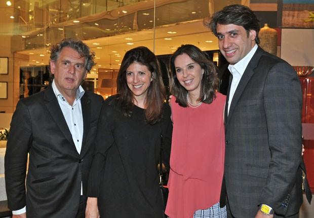 Angelo Derenze, Taissa Buescu, Esther Schattan e Luciano Montenegro (Foto: Juan Guerra)
