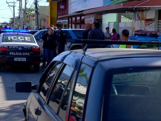 Polícia Militar procura por suspeitos do crime (Foto: Reprodução/Inter TV)