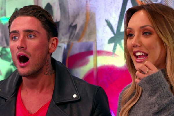 Stephen Bear e Charlotte Crosby em cena do programa Just Tatoo of Us (Foto: Divulgação)