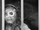 Os comoventes cliques do fotógrafo que 'melhor retratou' a dor da guerra na Colômbia