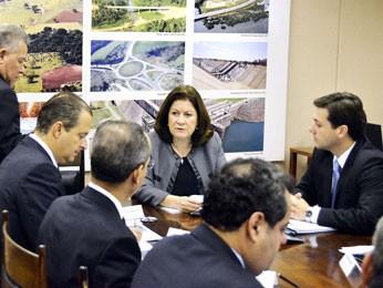 Reunião no Ministério do Planejamento. (Foto:  Humberto Pradera/ Divulgação)