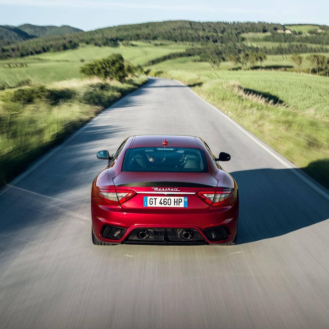 A Maserati GranTurismo (Foto: Reprodução/Instagram)