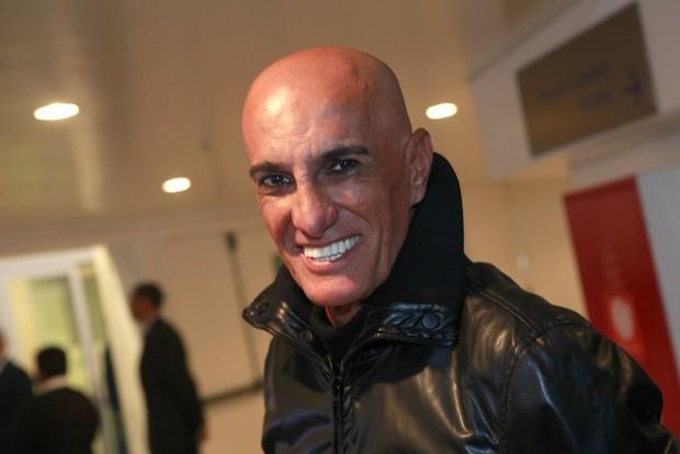 Amin Khader e seu costumeiro visual (Foto: Isac Luz/EGO)