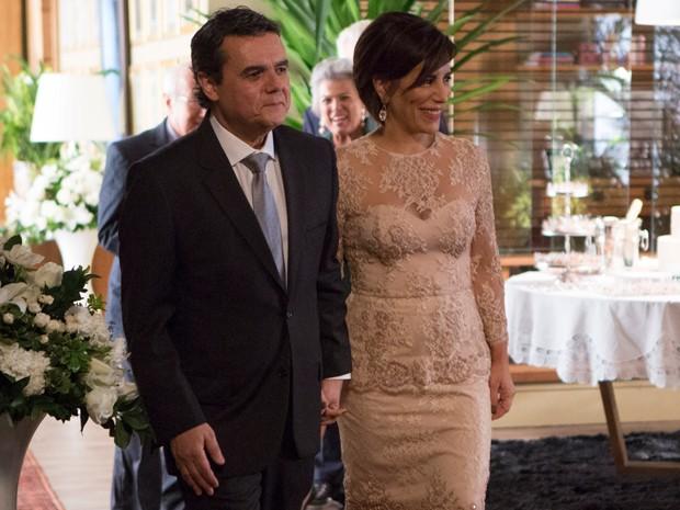 Beatriz e Evandro se casam (Foto: Felipe Monteiro / Gshow)