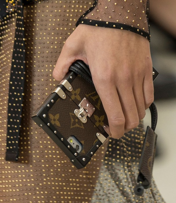 Case de celular da Louis Vuitton (Foto: Imax Tree)