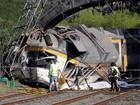 Trem descarrila e deixa mortos no norte da Espanha