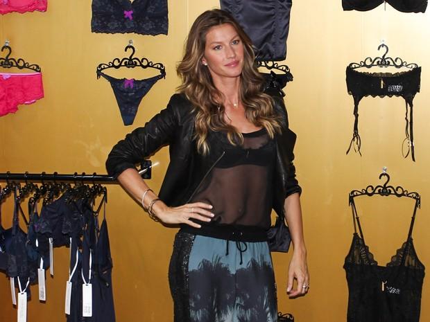 ef2a03c7e Gisele Bündchen lança coleção de lingerie em São Paulo (Foto  Manuela  Scarpa   Foto
