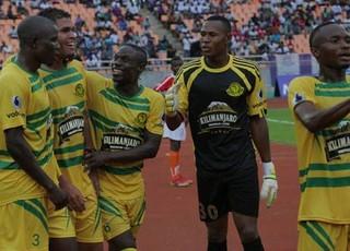Jajá conquista primeiro título na Tanzânia (Foto: Divulgação/Young Africans)