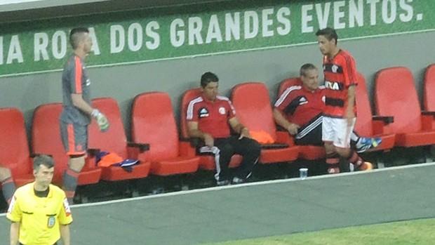 Cadu Flamengo x Coritiba (Foto: Cahê Mota)