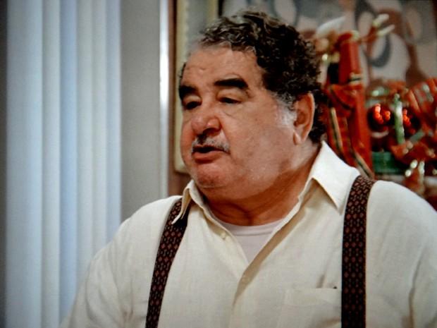 Vicente pressiona Laura (Foto: TV Globo)