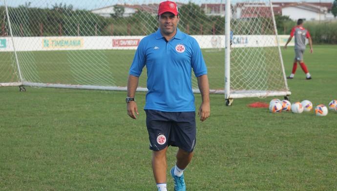 Leandro Sena - auxiliar técnico do América-RN (Foto: Canindé Pereira/Divulgação)