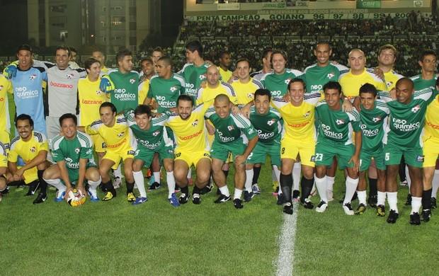 Cantor Leonardo e Felipe Massa fazem jogo beneficente em Goiânia (Foto: Fernando Vasconcelos / Globoesporte.com)