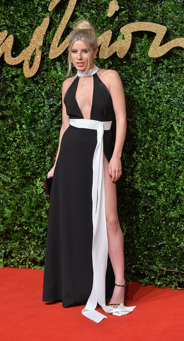 Mollie King no British Fashion Awards (Foto: Getty Images)