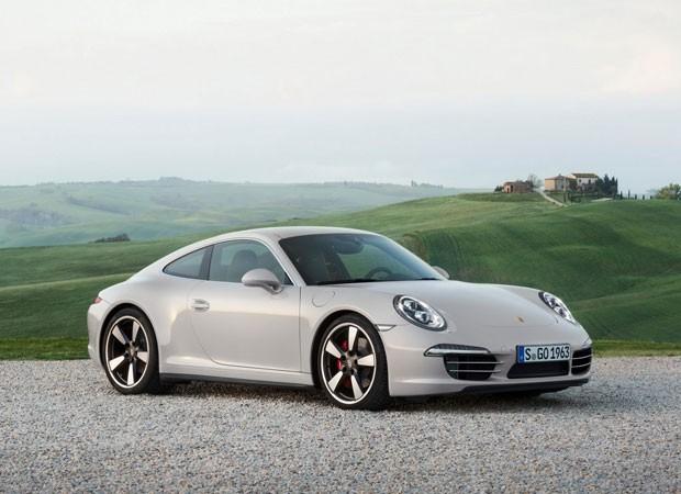 Porsche 911 50 Years Edition tem acabamento exclusivo (Foto: Divulgação)