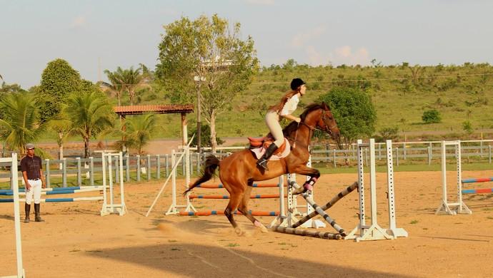 Em Ro 1 170 Feira Do Cavalo Ter 225 Provas De Hipismo Tambor E