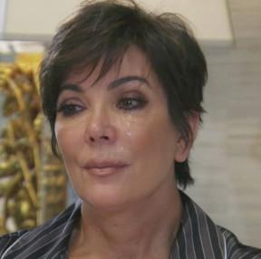 Kris Jenner chorando (Foto: Reprodução)