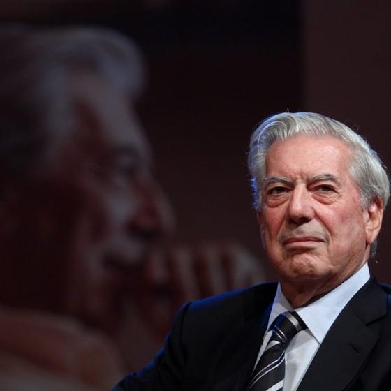 O premiado Jorge Mario Vargas Llosa é agora integrante da Academia Brasileira de Letras (Foto: Divulgação)
