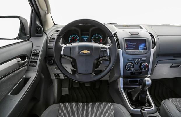 Interior da Chevrolet S10 Freeride (Foto: Rafael Munhoz / Autoesporte)