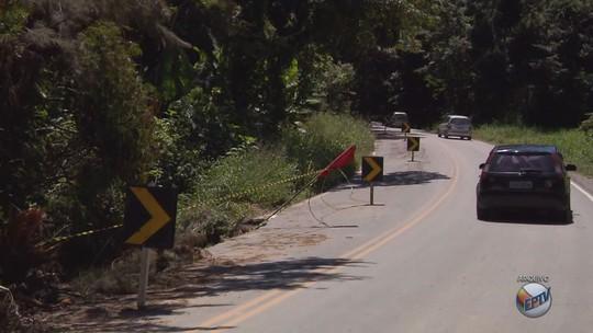 Chuvas atrasam obras de reparo na BR-354, no trecho de Itamonte, MG