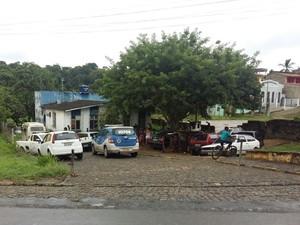 Complexo policial foi invadido durante a madrugada desta quinta-feira (Foto: Giro Ipiaú )