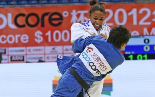 judô Érika Miranda no Grand Prix de Quingdao (Foto: Tamas Zahonyi / IJF)