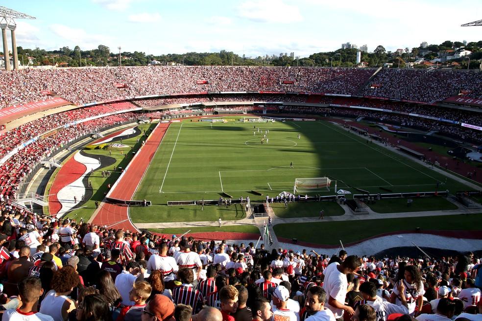 Com ótima atuação defensiva, São Paulo ganha em casa do Avaí