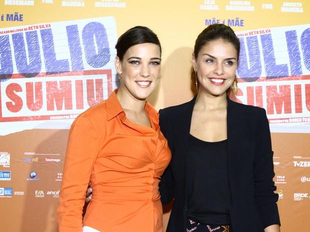 Adriana Birolli e Paloma Bernardi em pré-estreia de filme no Rio (Foto: Raphael Mesquita/ Foto Rio News)