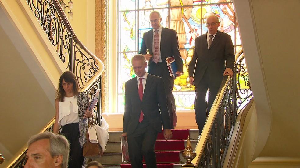 Embaixadores da União Europeia se reuniram no Palácio do Campo das Princesas com o governador Paulo Câmara nesta quinta (18) (Foto: Reprodução/TV Globo)