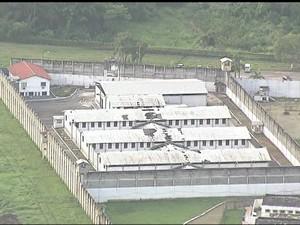 Três presidiários fugiram do Complexo Penitenciário de Gericinó; um foi recapturado (Foto: Reprodução/ TV Globo)