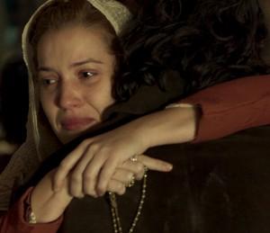 Branca está grávida (Foto: TV Globo)