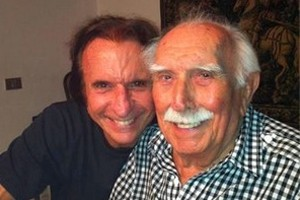 Wilson Fittipaldi ao lado do filho Emerson Fittipaldi em 2012 (Foto: Arquivo Pessoal)