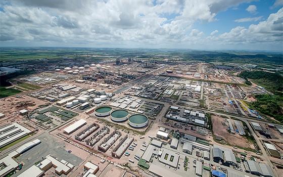 MISTÉRIO A refinaria Abreu e Lima, em Pernambuco. Só agora se esclarecem as suspeitas sobre a obra (Foto: divulgação/Petrobras)