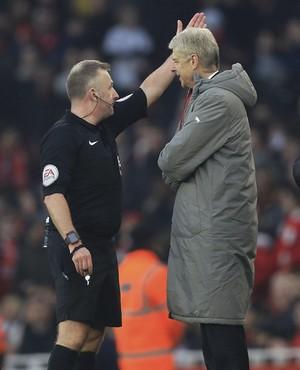 Arsene Wenger Arsenal x Burnley (Foto: AP)