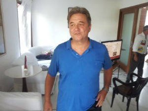 Luiz Paulo acompanhou apuração em casa (Foto: Leandro Nossa/G1 ES)
