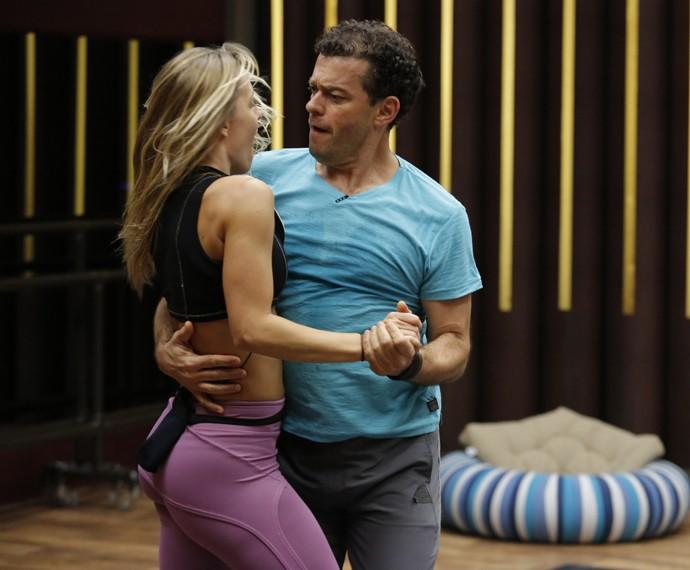 Fernando Rocha está em terceiro lugar na disputa do 'Dança 2015' (Foto: Fábio Rocha / Gshow)