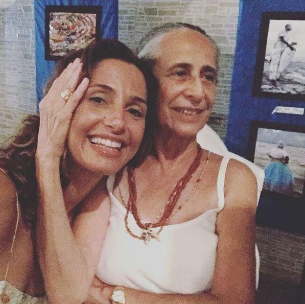 Camila Pitanga e Maria Bethânia (Foto: Reprodução do Instagram)