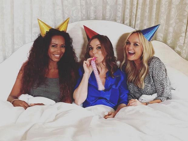 Mel B, Geri Halliwell e Emma Bunton comemoram os 20 anos do grupo Spice Girls (Foto: Instagram/ Reprodução)