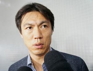 Técnico Hong Myung-Bo, da Coreia do Sul (Foto: Fabiula Wurmeister)