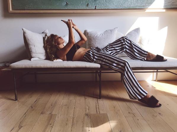 Rosie Huntington-Whiteley (Foto: Reprodução/Instagram)