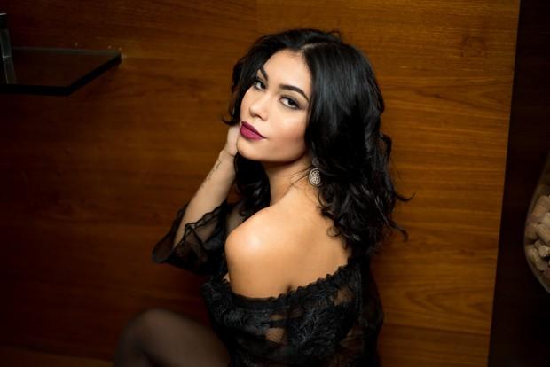 Sheislane Hayalla muda visual (Foto: Divulgação / MF Models Assessoria )