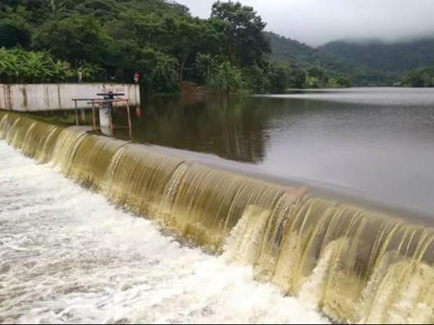 Três açudes de pequeno porte sangraram no Ceará em 2016 (Foto: Divulga Millhã)
