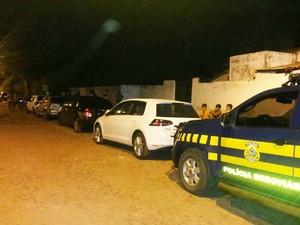 Oito veículos foram recuperados pela PRF no Maranhão (Foto: Divulgação / PRF)