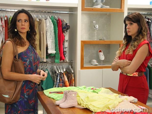 Juliana fica pasma com reação de Jairo (Foto: Carol Caminha/ TV Globo)