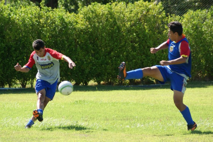 Jogadores do Sete de Dourados treinam no CT do clube (Foto: Divulgação/Sete de Dourados)
