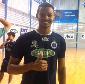 vôlei alan Cruzeiro (Foto: Diogo Finelli)